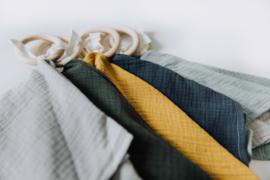 Knuffeldoek met houten ring