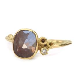 Gouden Blossom ring met diamant - verkocht