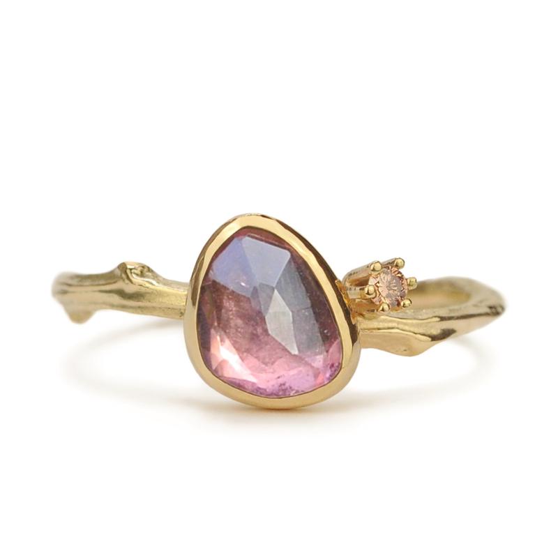 Gouden Tiny Blossom met roze toermalijn en bruine diamant - verkocht
