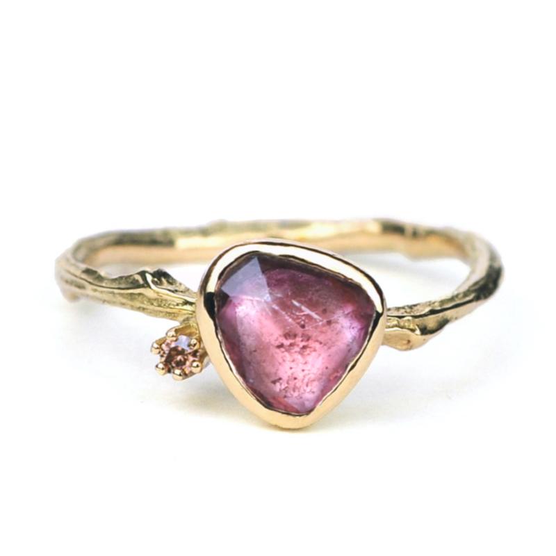 Gouden Tiny Blossom ring met roze toermalijn en bruine diamant - verkocht