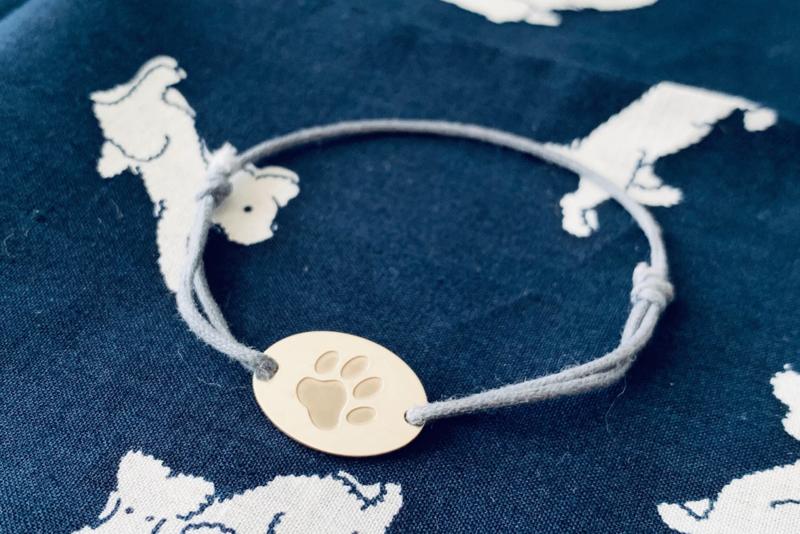 Ovalen hondenpoot armbandje