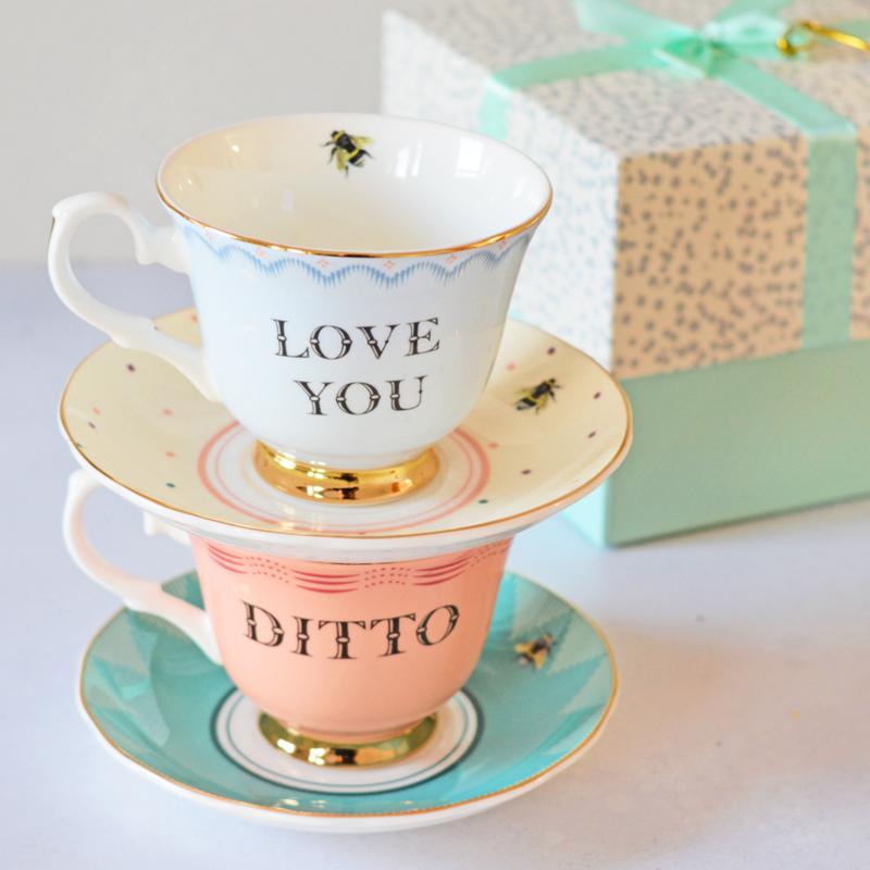 Yvonne Ellen kop en schotel love you/Ditto