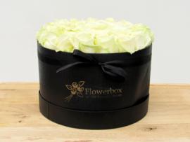Flowerbox witte rozen maat L