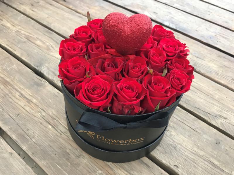 Valentijnsbox glitterhart | Maat M