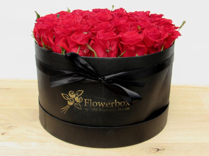 Flowerbox rode rozen maat L