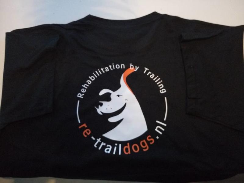 Re-Trail Dogs T-Shirt Zwart
