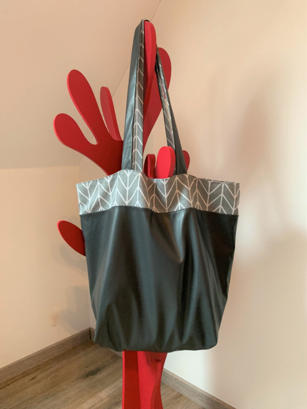 Naai workshop tote bag