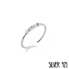 Zilveren Ring 4 Steentjes