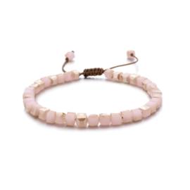 Verstelbaar armbandje square beads roze