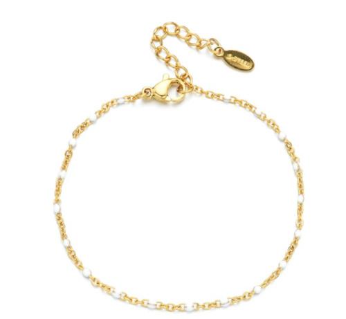 Gouden armbandje witte kraaltjes