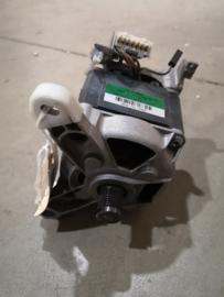 Motor Merk C.E. Set