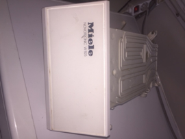 Zeepbak Miele Novotronic W825