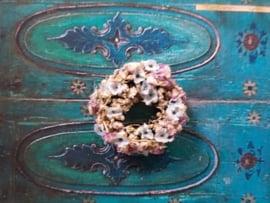 Blumenkranz Ø 3 cm., Lila und Hellblaue getrocknete Blumen