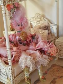 Marie Antoinette, Höhe 13 cm.
