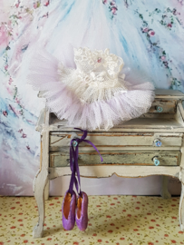 Ballet dress (± 5 cm.) Colour white with lilac and roses, photo 1.