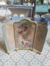 Dressing screen or table screen, 1:24, 8 cm. high x 8 cm. wide, number 5