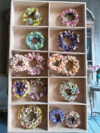 Flower wreaths,  see ... Flowers ... flowers ... flowers