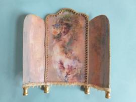 Kamerscherm, of tafelscherm 1:24,  8 cm. hoog, bij 8 cm. breed, nummer 5