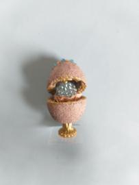 Faberge ei 3 cm., nummer 1