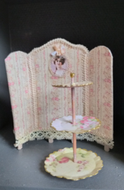Dressing screen or table screen, 1:24, 8 cm. high x 8 cm. wide, number 1
