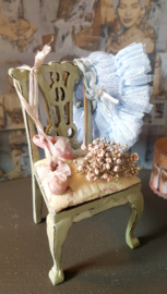 Shabby Chic chair, height 9 cm., the price is for the chair only