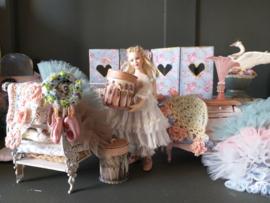 Juffrouw Fleur-Cloë aan het inkopen