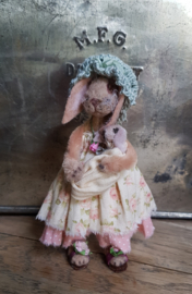 I am Beatrice the bunny, 11 cm. tall!