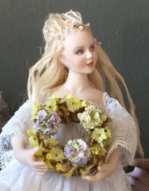 Bloemenkrans Ø 3 cm., Pastel Blauw Groen met 3 Hortensia's