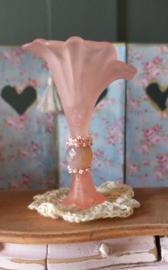 Kelk vaas, roze, 5,5 cm.