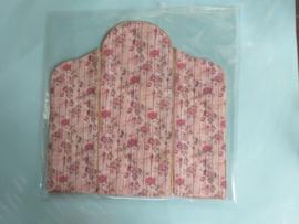 Dressing screen 1:12 cm., 16 cm. high x 14 cm. wide, number 7