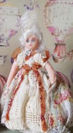 Juliette, Halbpuppe, Höhe 4 cm., Antikes Aussehen Puppe