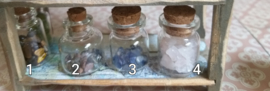 Edelstenen in glazen potje 21 verschillende