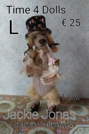 Golden Retriever, Jackie Jonas (L - 11 cm.) including shoes