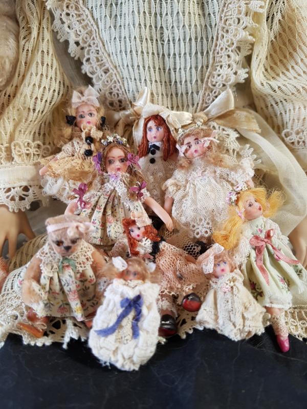 Antikes Aussehen Puppen