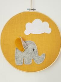Borduurring oker olifant