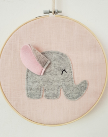 Borduurring olifant roze