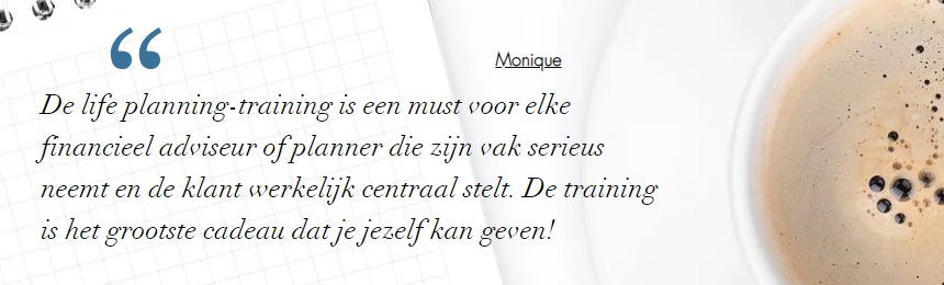 Review van Monique