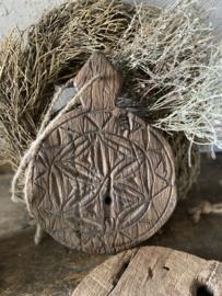 Serveerplankje oud hout bewerkt- mandala