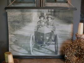 Wanddoek Dames in oldtimer
