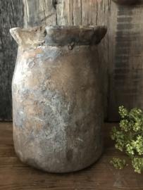 Oude houten pot - Elephant feet