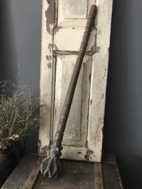 Oude houten vruchtenstamper - lang