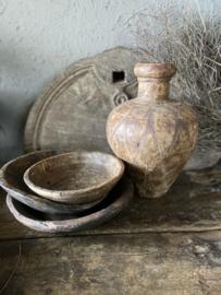 Oude ijzeren vaas