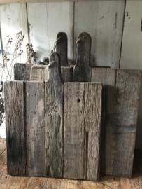 Stoere vierkante oud houten snijplank (middel)
