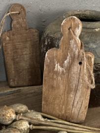 Klein broodplankje van oud hout - A