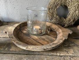 Oude houten platte schaal met handvaten