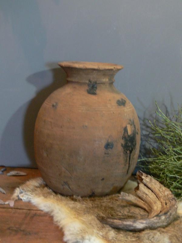 Oude houten bolle kruik, hoogte 31,5 cm