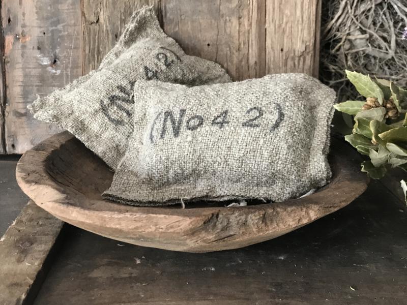 Linnen geurkussentje No 42 - Amber