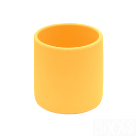 *Grip cup geel - Wemightbetiny*