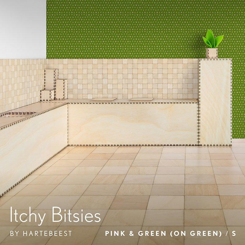 Itchy Bitsies - Pink & Green (on Green)