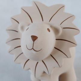 Tikiri Leeuw rammelaar/badspeeltje
